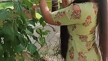 Bhagavathy sexy slut ass... look at her figure... whore wife