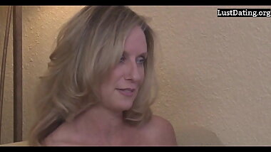 Amateur Busty Mom jodi west Wants Her Son's Dick